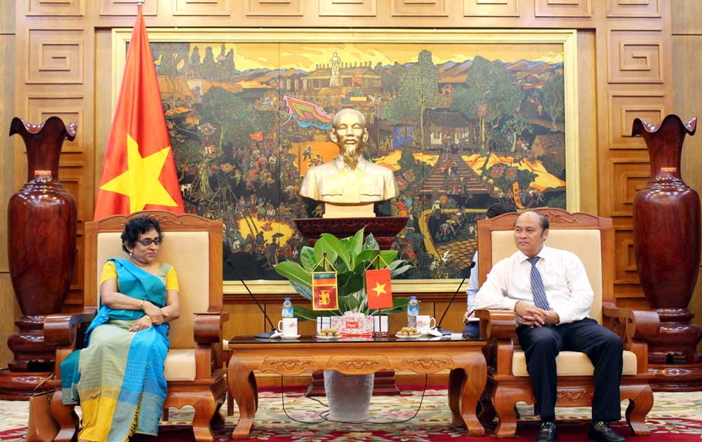 Chủ tịch UBND tỉnh Nguyễn Văn Linh tiếp Đại sứ Sri Lanka