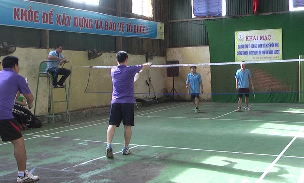 Giải cầu lông vô địch các nhóm tuổi huyện Yên Dũng năm 2017