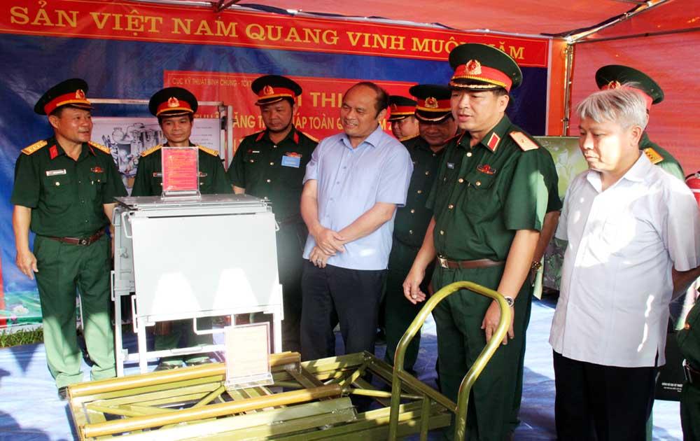 Đại đội Thiết giáp (Bộ CHQS tỉnh) tham gia Hội thi kỹ thuật toàn quân