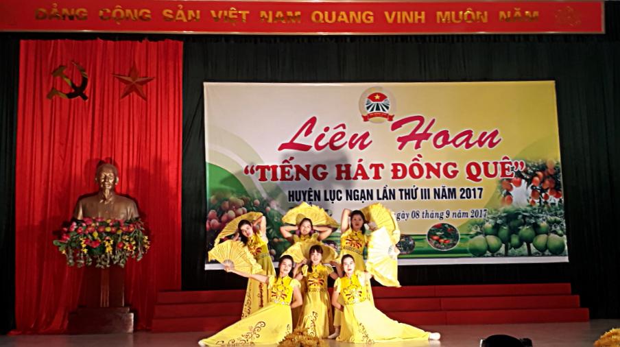 """Liên hoan """"Tiếng hát đồng quê"""" huyện Lục Ngạn"""