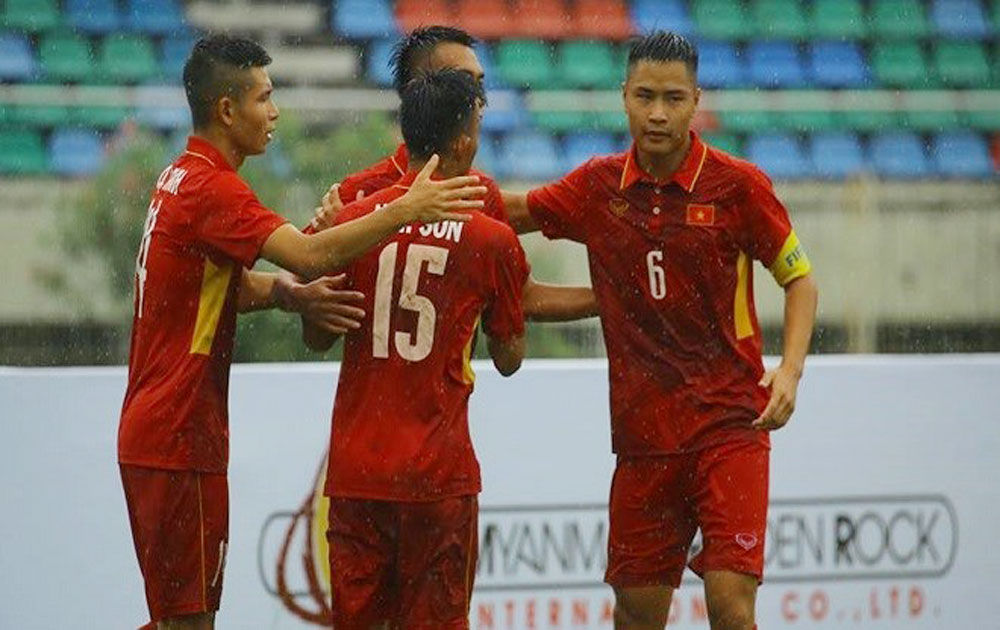 U18 Vietnam thrash Brunei 8-1 in regional football championship