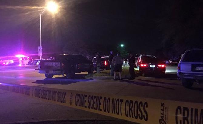 Nổ súng liên tiếp tại Mỹ, 8 người thiệt mạng