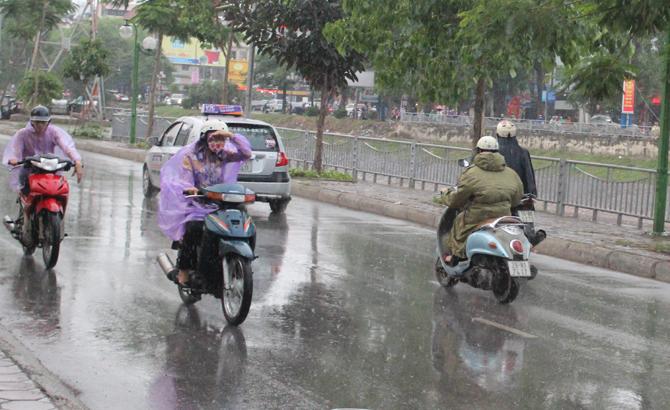 Cả nước, mưa dông, Trung Bộ, trên 35 độ