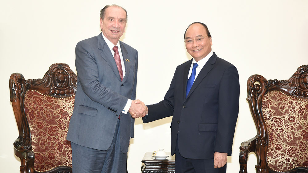 Prime Minister Nguyen Xuan Phuc, Brazilian investments, Brazilian Foreign Minister Aloysio Nunes Ferreira, official visit, multifaceted cooperation, traditional friendship, special sentiment, socio-economic achievements