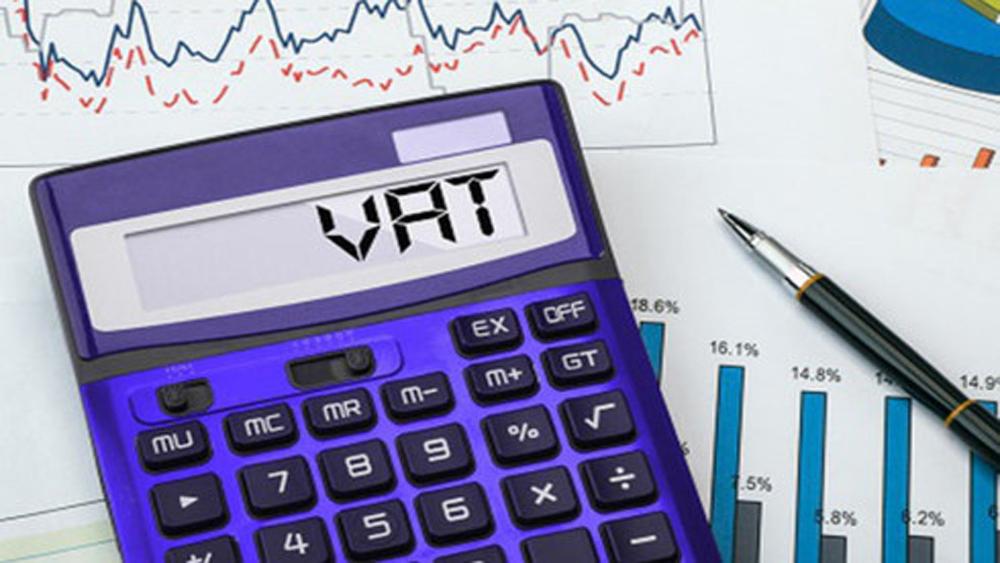 Thủ tướng chỉ đạo Bộ Tài chính chưa tăng thuế, phí