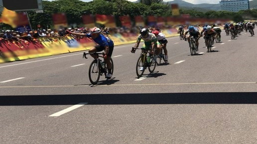 Vietnamese cyclist, ninth stage, Ton Hoa Sen Cup, Vietnamese racer Le Van Duan, VTV International Cycling Tournament, average speed, the best young cyclist