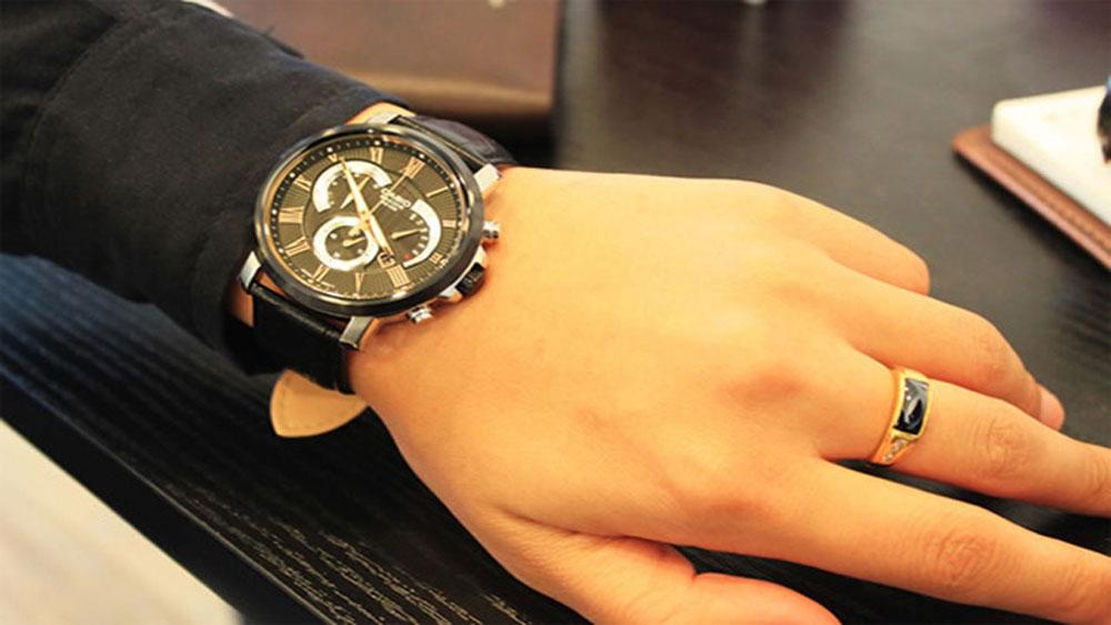 Lựa chọn đồng hồ đeo tay nam phù hợp