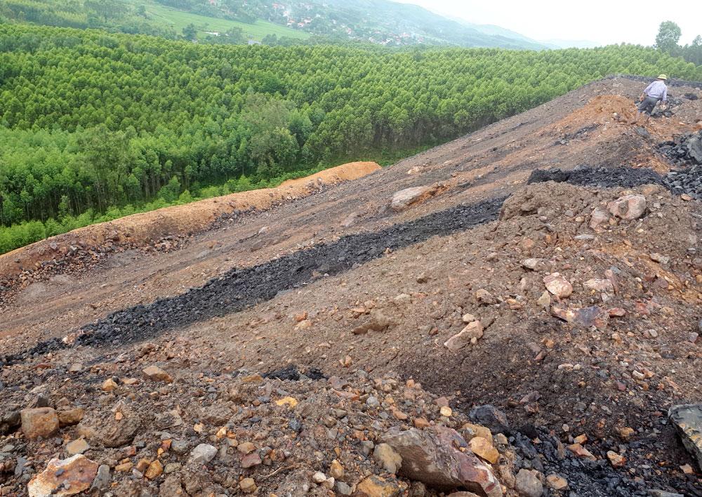 Công ty cổ phần Khoáng sản Bắc Giang, khai thác than, đổ thải, chưa đúng quy định