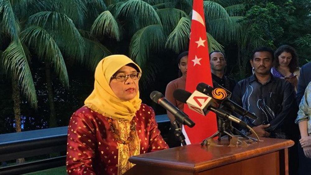 Bà Halimah Yacob, chính thức, trở thành, Tổng thống Singapore