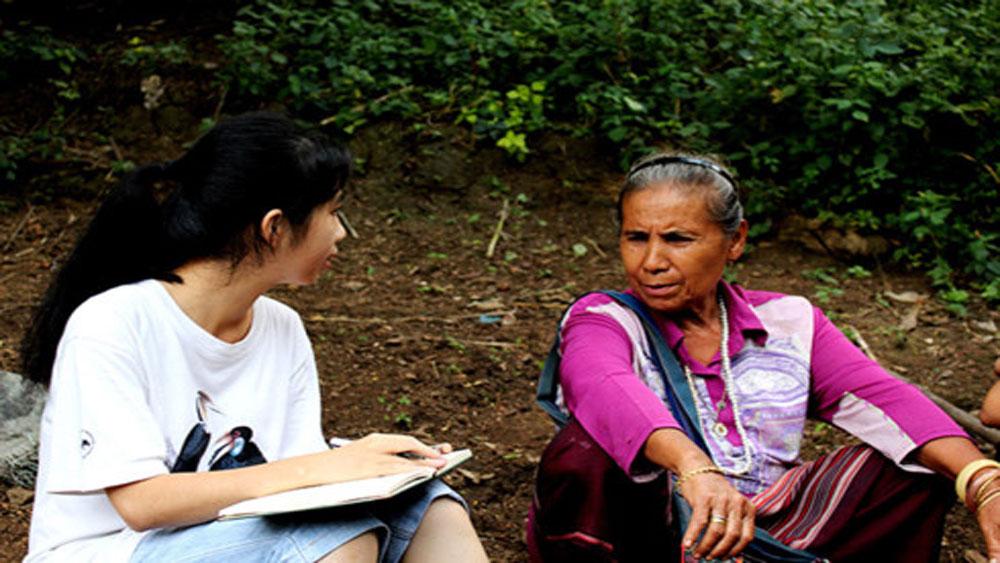 Hành trình qua 14 quốc gia và học bổng Chevening của cô giáo trẻ 9x