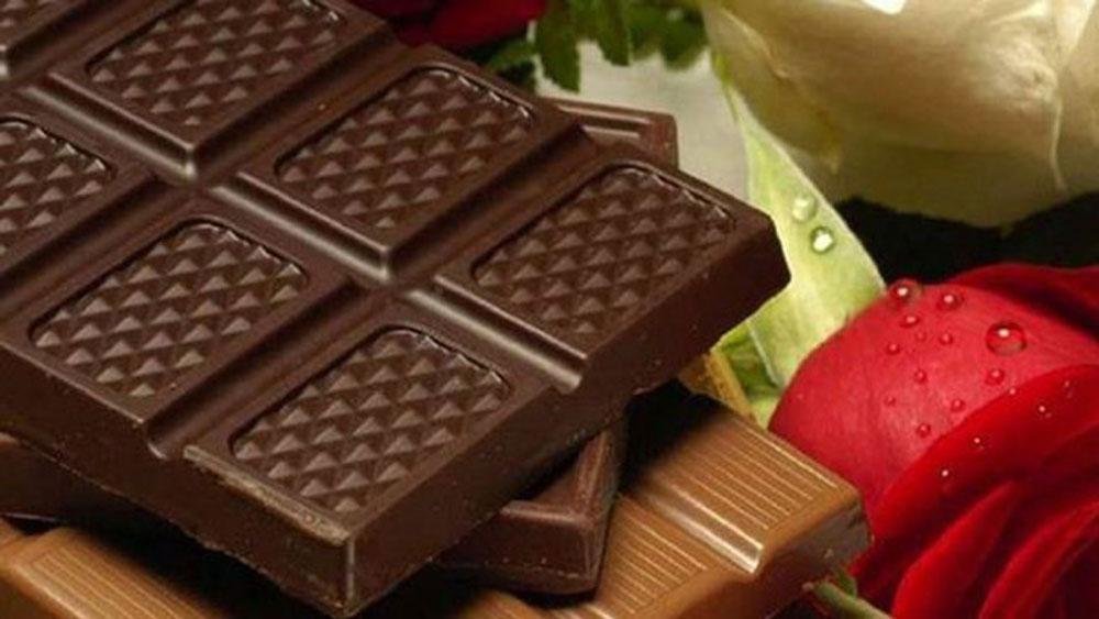 Ăn sô cô la đen chứa dầu oliu tăng cường sức khỏe tim