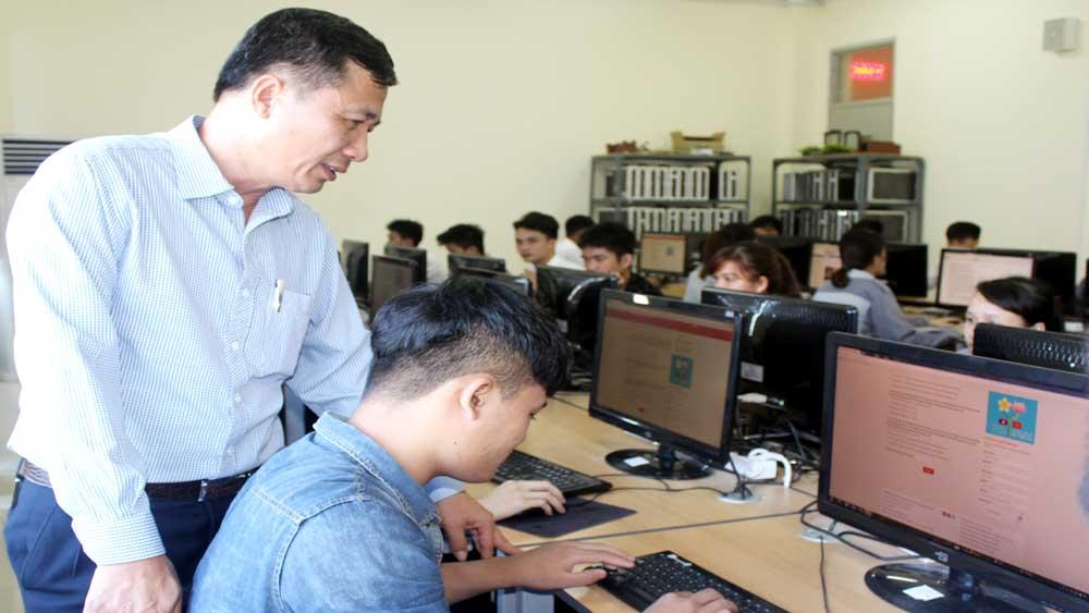 Đông đảo ĐVTN thi tìm hiểu lịch sử quan hệ đặc biệt Việt Nam - Lào