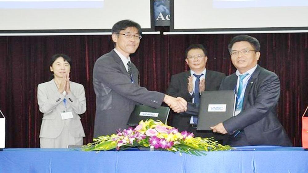 Vietnam, Japan seal satellite data exchange deal