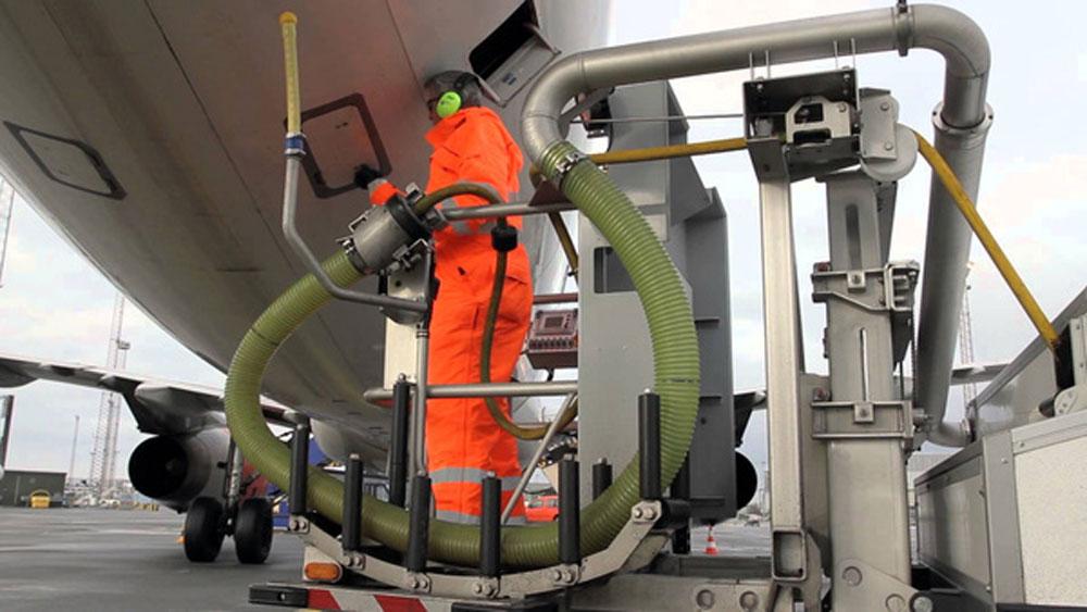 Biến rác thải sinh hoạt thành nhiên liệu máy bay