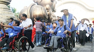 Hanoi to build tourism portal for the disabled