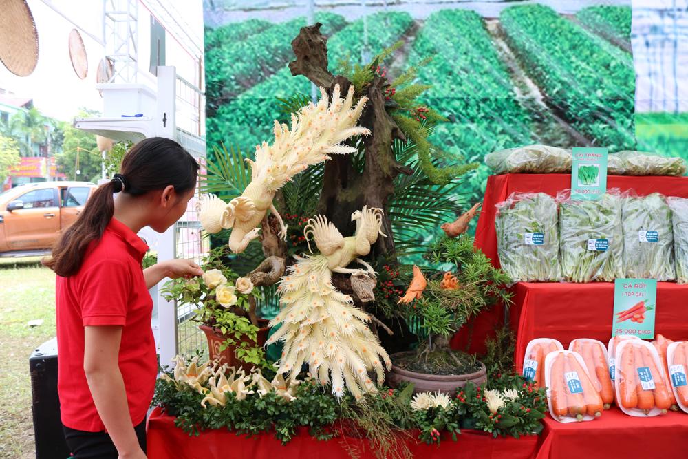 Lục Nam: Nhiều sản vật đặc sắc trong Ngày hội mỗi làng một sản phẩm