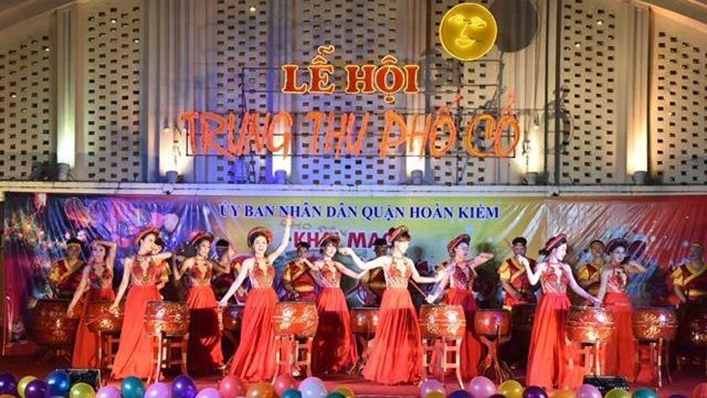 Mid-autumn festival opens in Hanoi's Old Quarter