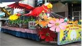 Rước 70 xe mô hình đèn trung thu khổng lồ tại Lễ hội Thành Tuyên 2017