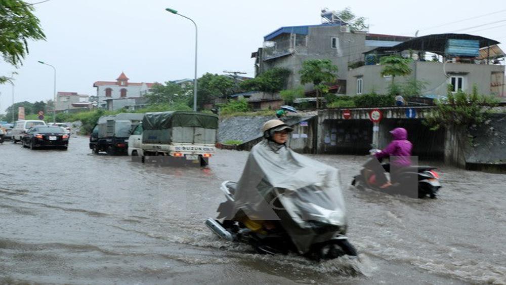 Bắc Bộ có mưa to diện rộng, đề phòng tố lốc và gió giật mạnh