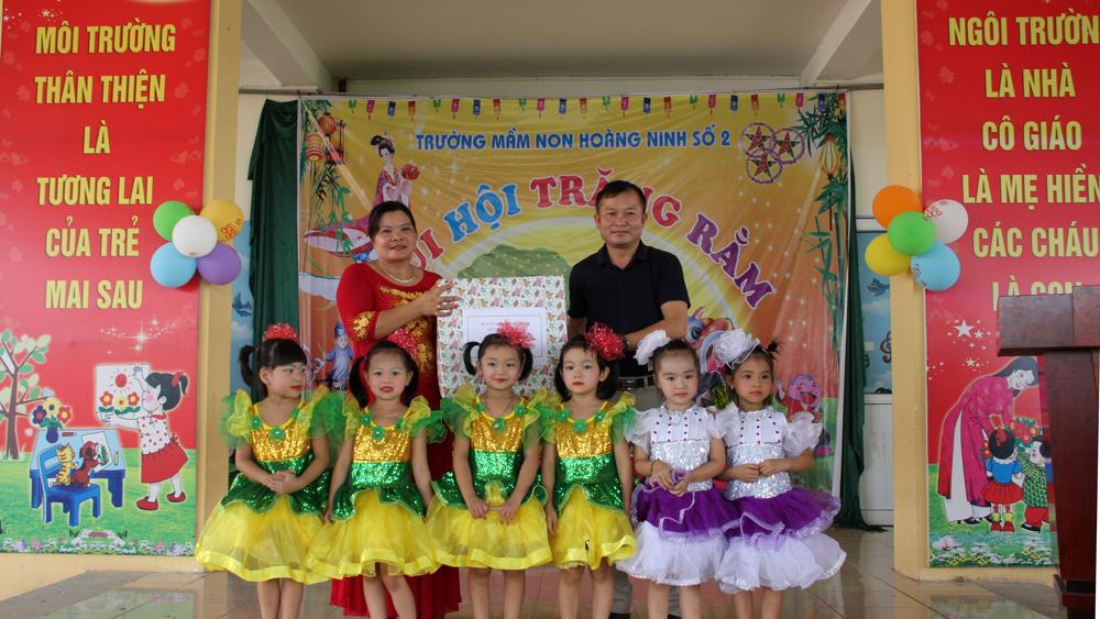 Nhiều hoạt động thăm, tặng quà trẻ em dịp Tết Trung thu