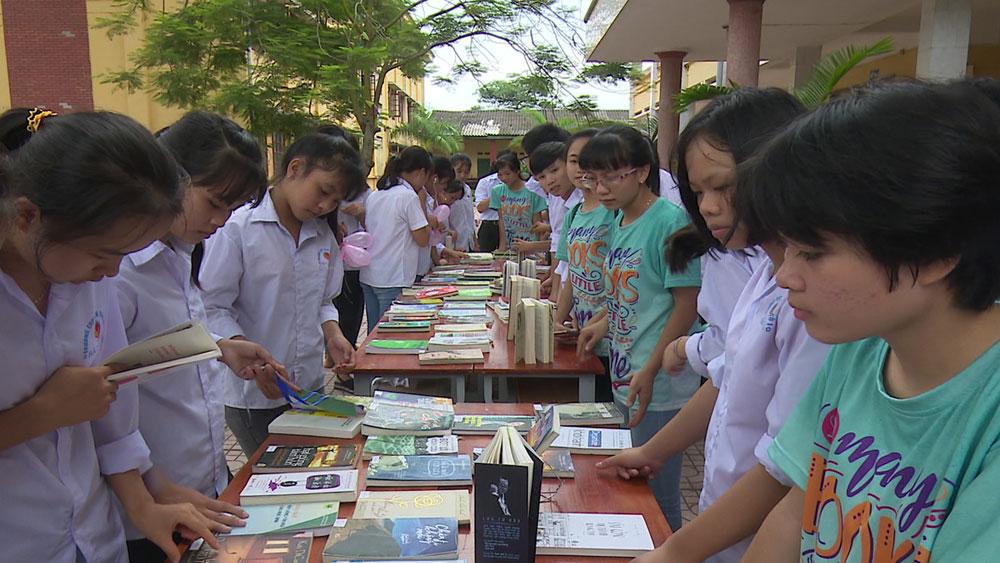 Câu lạc bộ sách và hành động ở Trường THPT Yên Dũng số 1: Lan tỏa văn hóa đọc