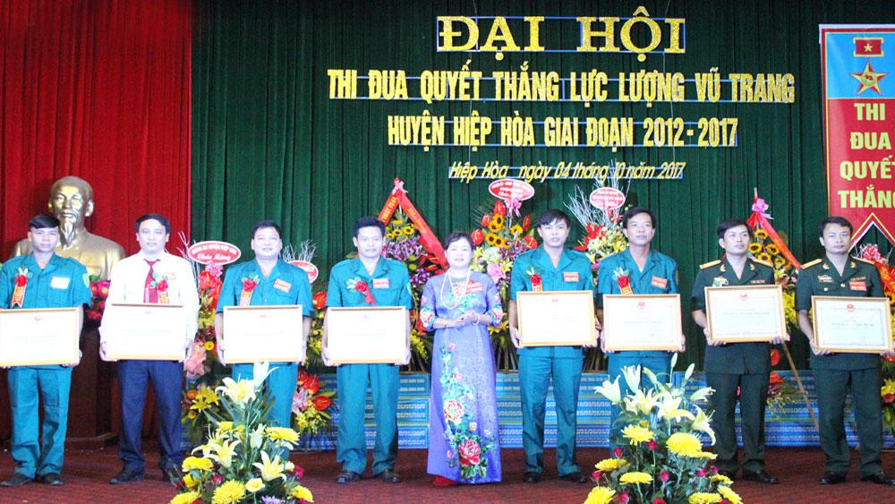 Đại hội thi đua Quyết thắng LLVT huyện Hiệp Hòa: Khen thưởng 24 tập thể, cá nhân tiêu biểu