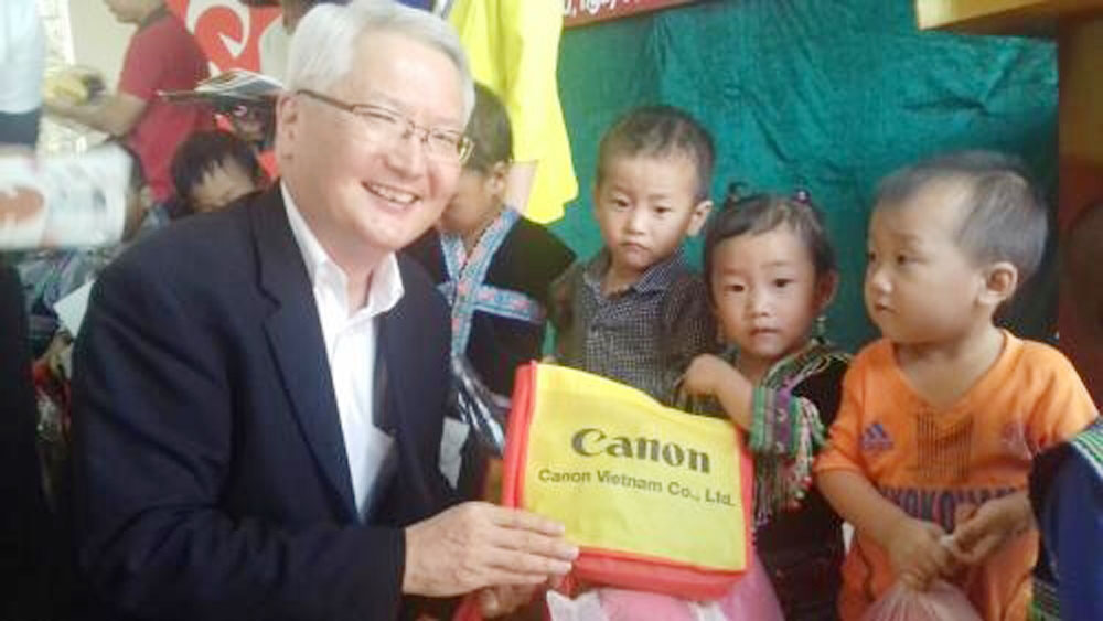 Canon Vietnam builds kindergarten in mountainous province