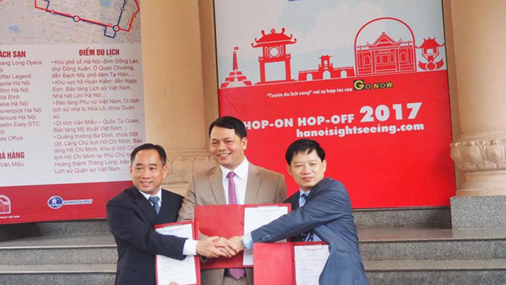 """Khai trương """"Tuyến du lịch vàng"""" tham quan Hà Nội"""