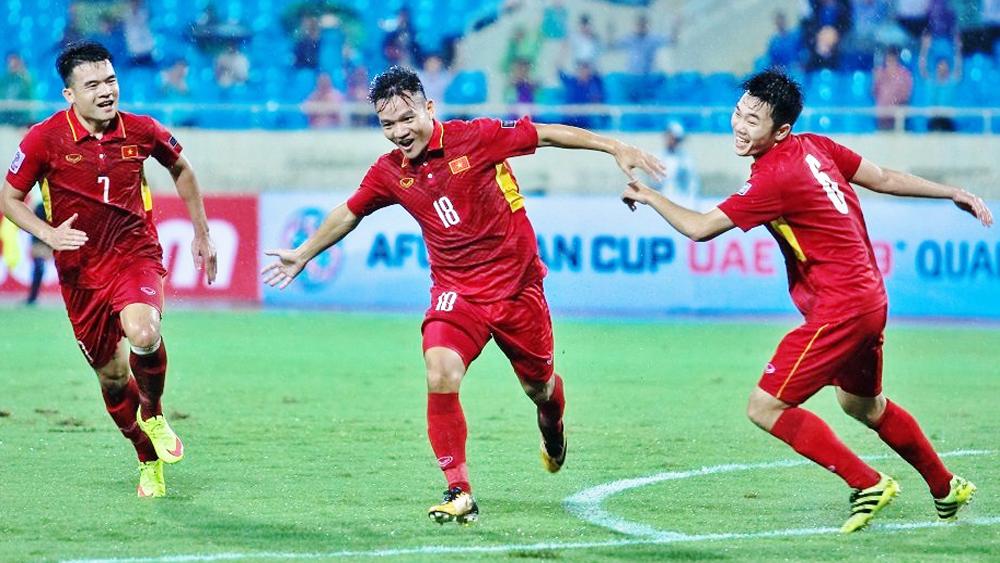 Đánh bại Campuchia 5 - 0, tuyển Việt Nam mở toang cánh cửa tới VCK Asian Cup 2019