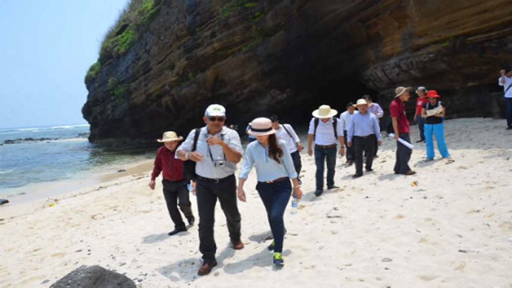 Lý Sơn ban hành bộ quy tắc ứng xử trong hoạt động du lịch