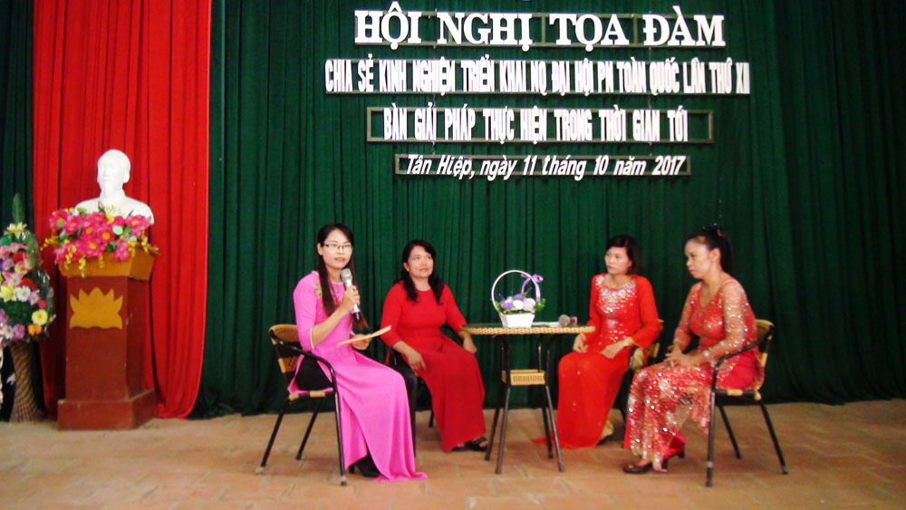 Phụ nữ Yên Thế tọa đàm chia sẻ kinh nghiệm thực hiện nghị quyết