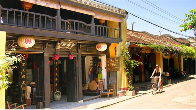 Tours offer insights into Quang Nam's beauty, culture