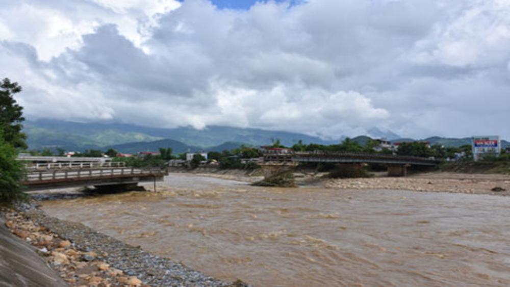 Lý giải nguyên nhân đợt mưa lũ gây hậu quả đặc biệt nghiêm trọng