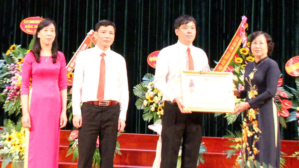 Công ty TNHH một thành viên Xổ số kiến thiết Bắc Giang: Đón nhận Huân chương Lao động hạng Nhì