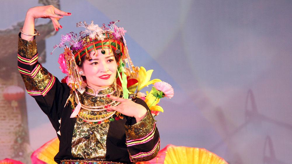Liên hoan hát văn, hát chầu văn tỉnh lần thứ hai được tổ chức tại Suối Mỡ