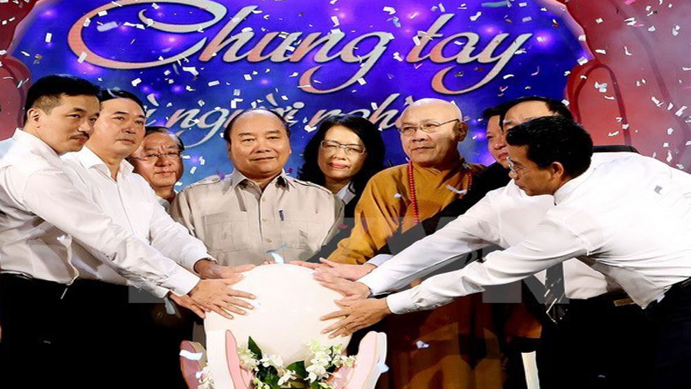 Television programme, the poor, Hanoi, HCM City, Vietnam Television, Joining hands for the Poor, Prime Minister, special attention, poverty reduction
