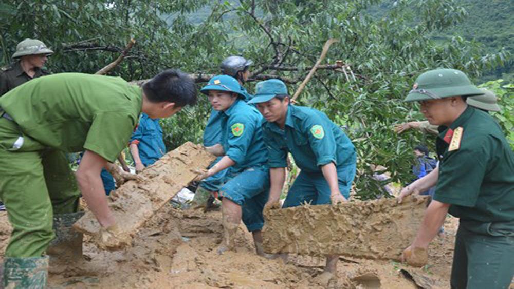 Thủ tướng chỉ đạo tiếp tục hỗ trợ các địa phương khắc phục hậu quả thiên tai