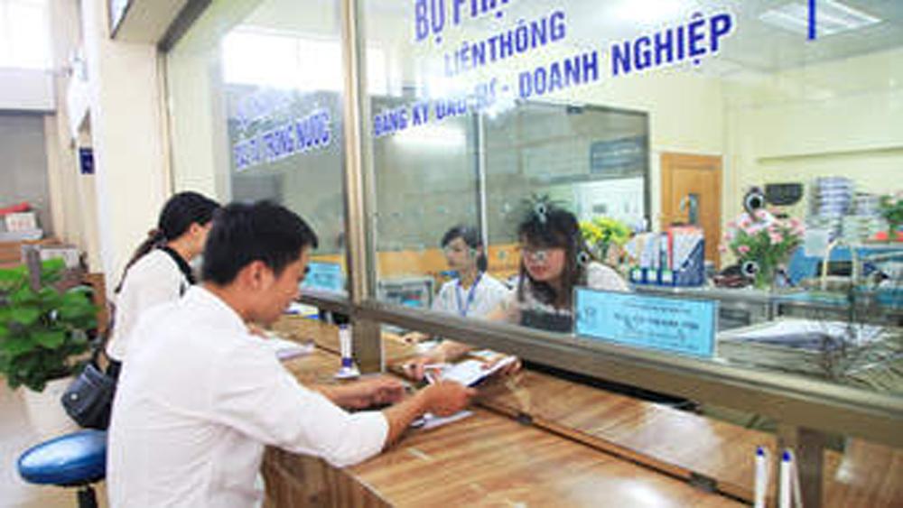 Giảm 69 thủ tục hành chính so với trước tháng 6-2017