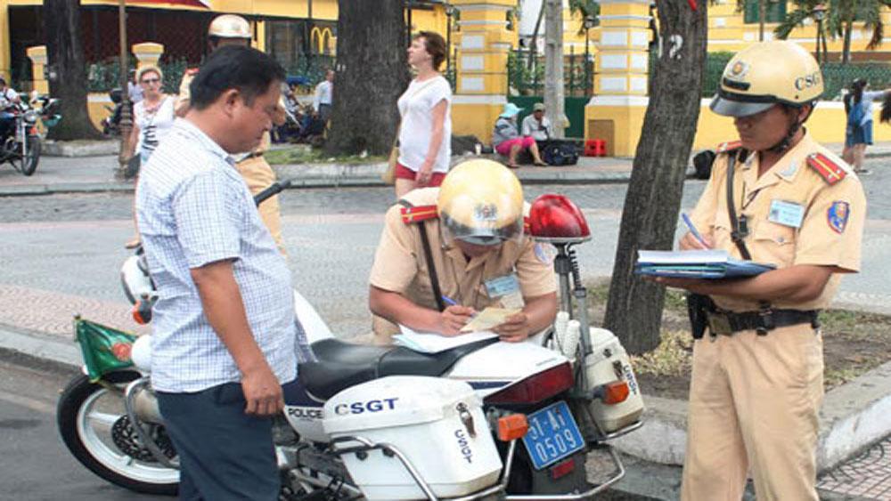 Từ ngày 1-12 áp dụng mẫu biên bản mới về xử phạt giao thông