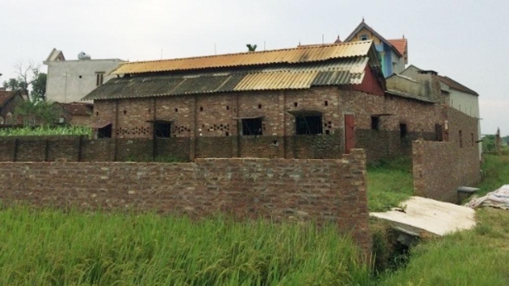 Hiệp Hòa: Giao đất trái thẩm quyền, nhiều cán bộ thôn bị xử lý