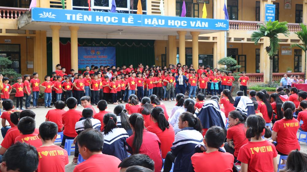 Đẩy mạnh giáo dục kỹ năng sống cho học sinh bậc tiểu học và THCS