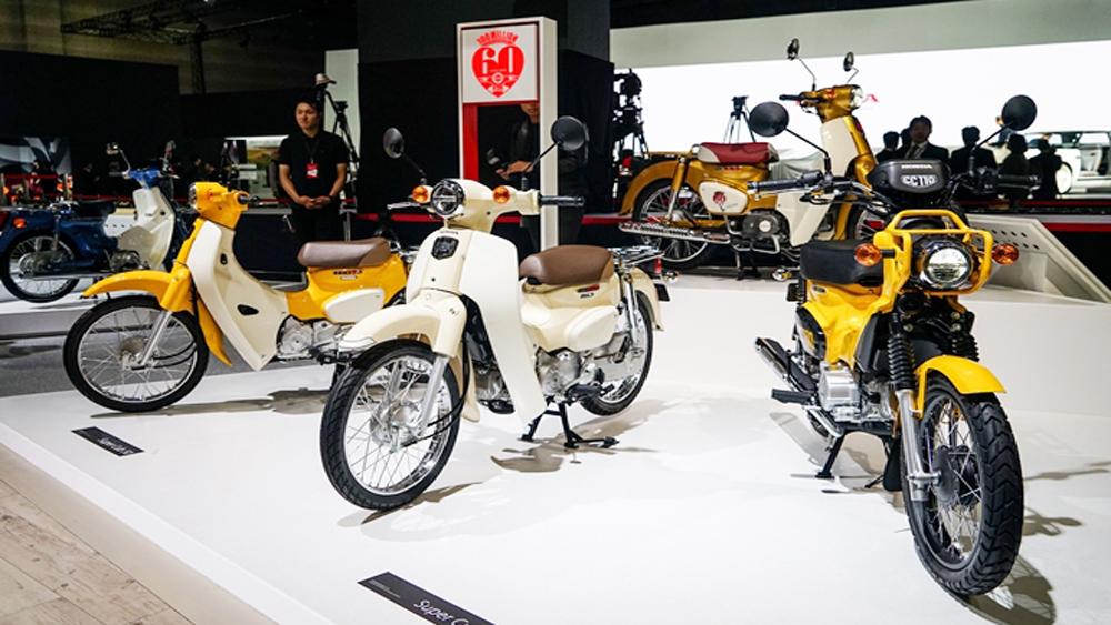 """Honda ra mắt nhiều mẫu xe chạy điện """"sạch"""" và thông minh"""