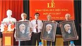 119 đảng viên được trao tặng Huy hiệu Đảng