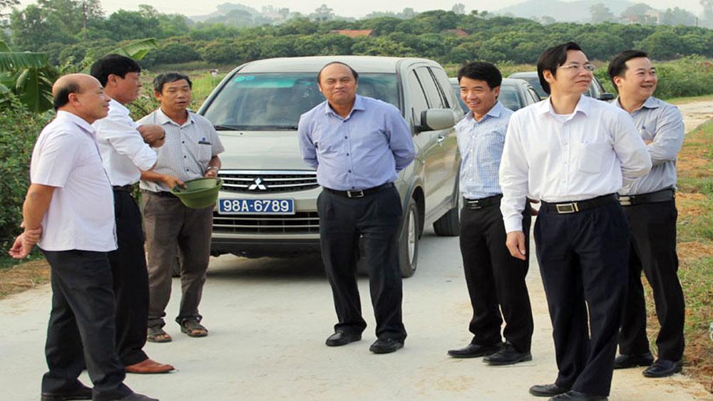 Chủ tịch UBND tỉnh Nguyễn Văn Linh: Lạng Giang cần đẩy mạnh cứng hóa giao thông nông thôn