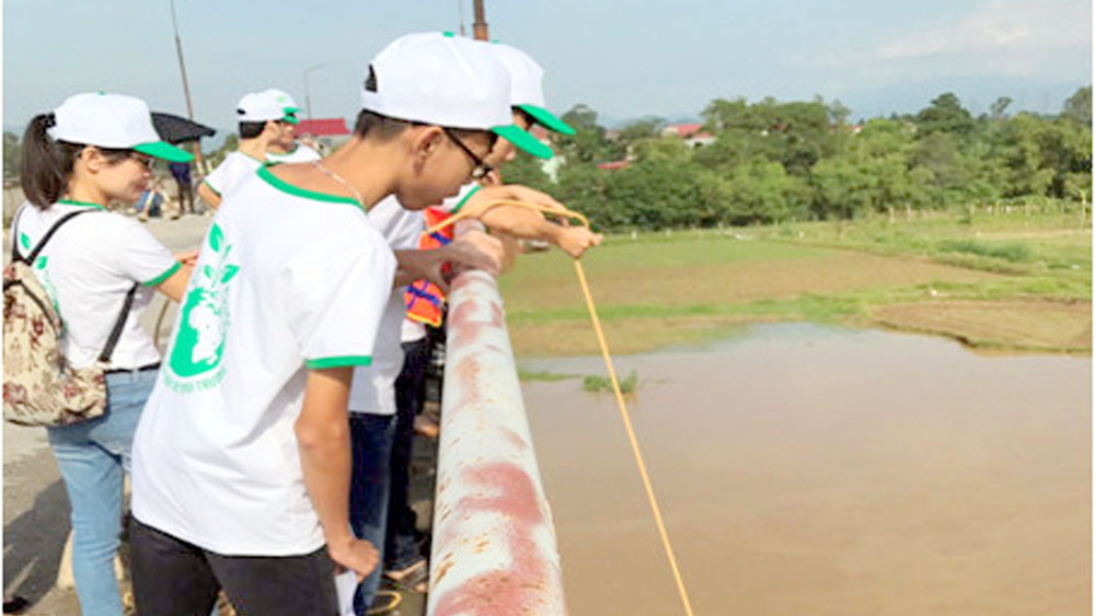 Bồi dưỡng kiến thức bảo vệ môi trường cho học sinh