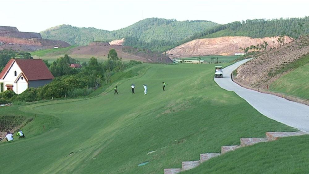 Hủy hoại tài sản,  khu vực,  sân golf,  dịch vụ,  Yên Dũng,  13 bị cáo lĩnh án, Bắc Giang