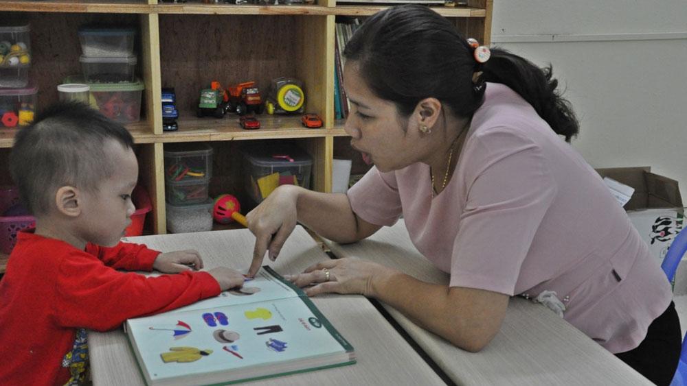 Mẹ hiền của trẻ khuyết tật