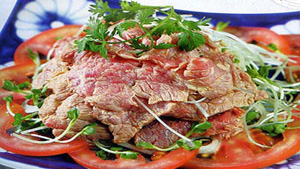 Nộm mầm cải ngọt, thịt bò