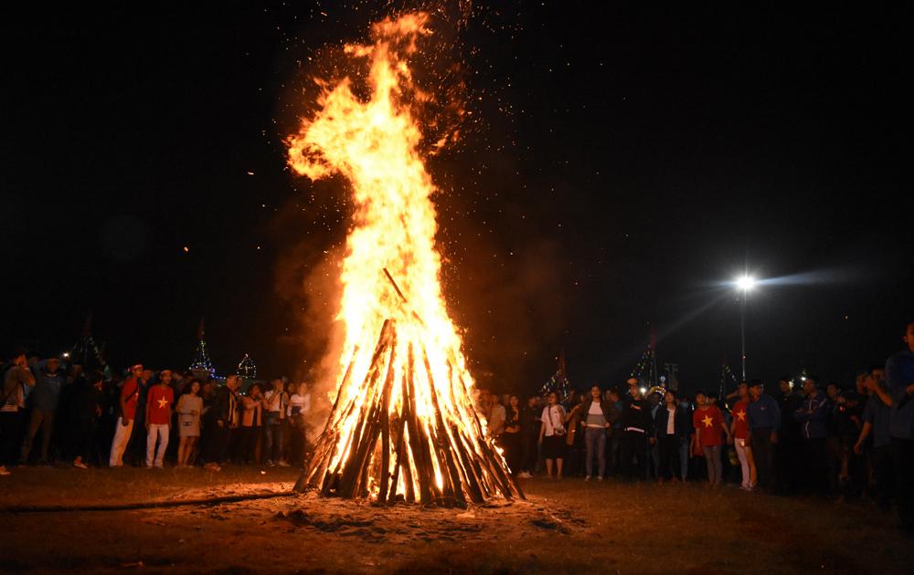 Tân Yên tổ chức Hội trại chào mừng kỷ niệm 60 năm ngày thành lập huyện