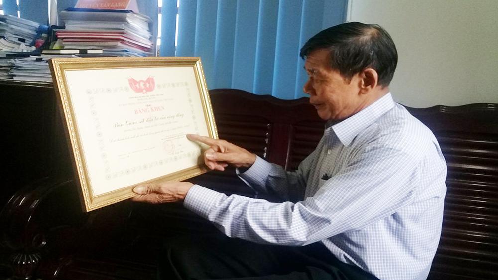 Nguyễn Văn Phi- Người cán bộ mặt trận luôn gắn bó với dân